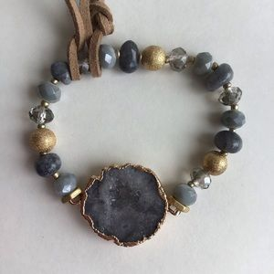 NWT Beautiful Natural Raw Stone Bracelet.